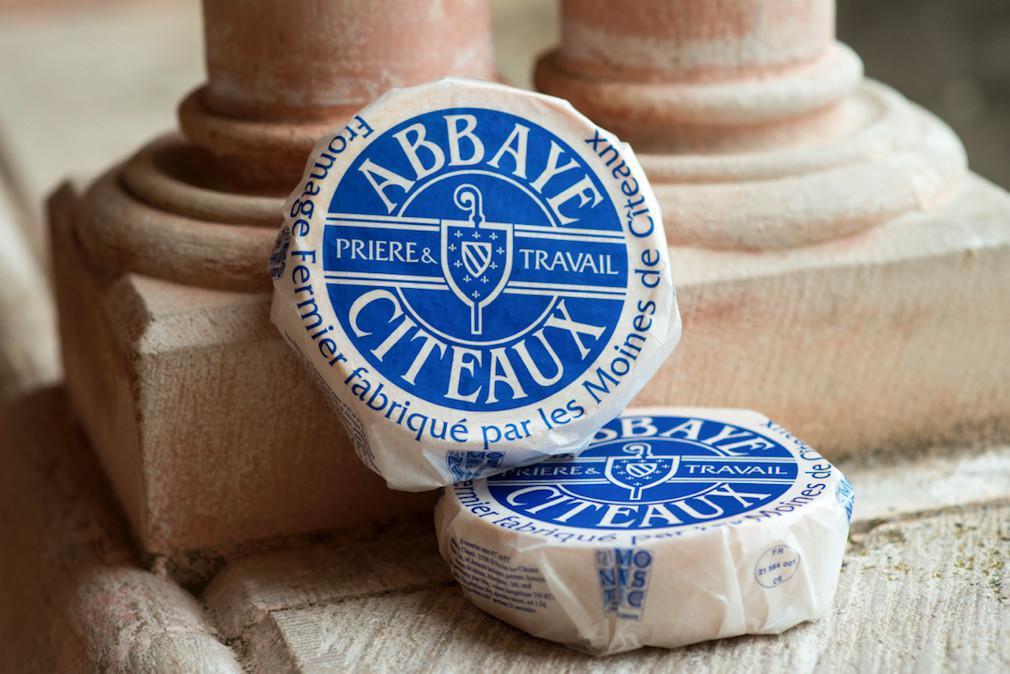 دير فرنسي يأمل في بيع طن من الجبن عبر الإنترنت في ثلاثة ايام