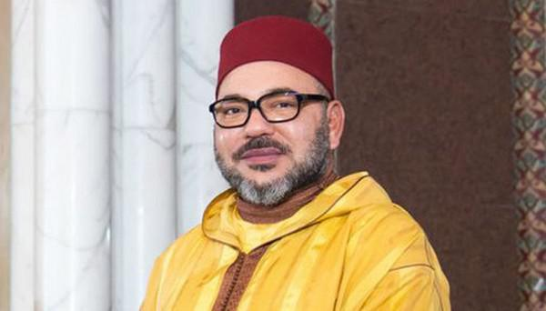 """الملك يعطي تعليماته السامية لانطلاق النسخة 22 من عملية توزيع الدعم الغذائي """"رمضان 1442"""" (مؤسسة محمد الخامس للتضامن)"""