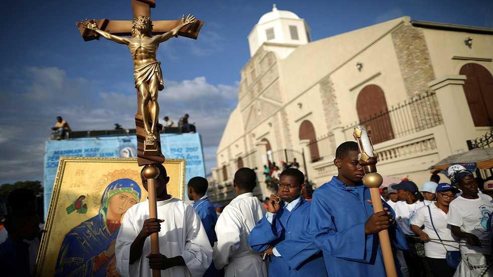 إطلاق سراح ثلاثة من أصل خمسة كهنة وراهبتين اختطفوا في هايتي قبل أيام