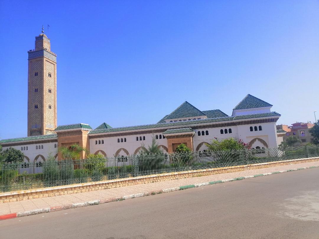 جامع محمد السادس... معلمة دينية شامخة في قلب العاصمة الإسماعيلية