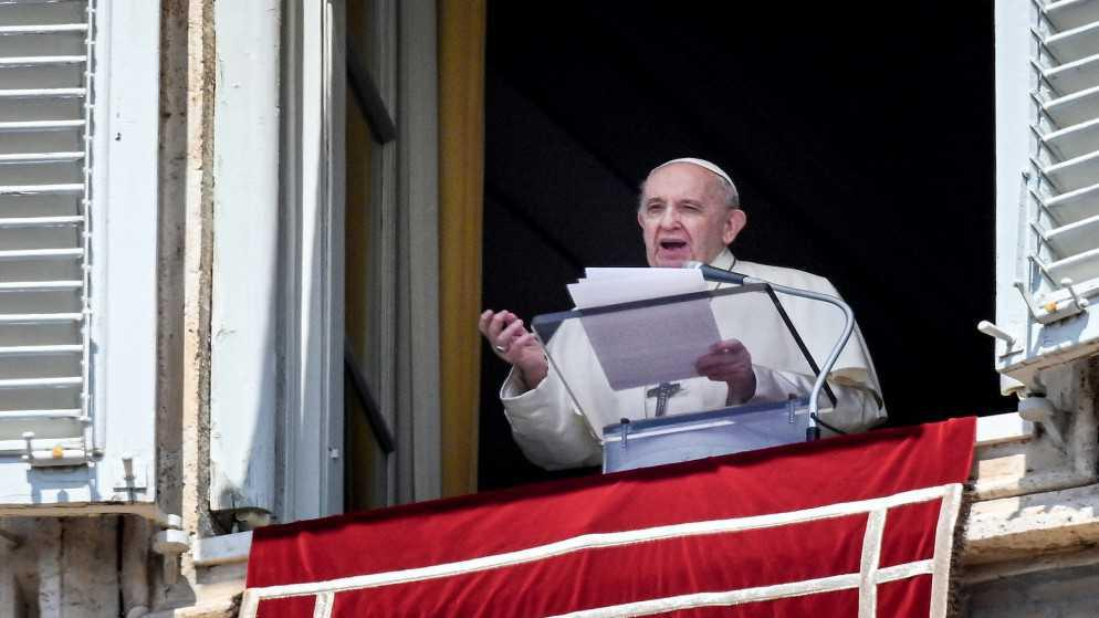 البابا يدعو إلى السلام في قداس مخصص لبورما