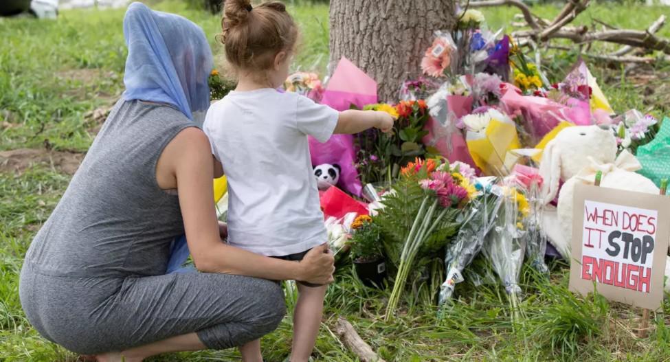 """ترودو يندد بهجوم """"إرهابي"""" دافعه الكراهية استهدف العائلة المسلمة"""