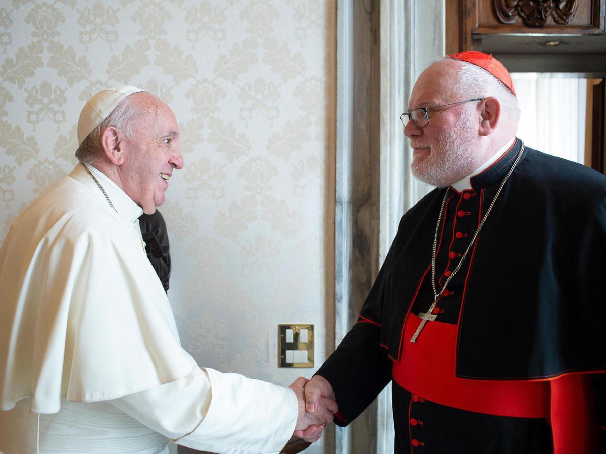 البابا يرفض طلب أسقف ألماني إعفاءه من مهامه على خلفية فضيحة اعتداءات جنسية