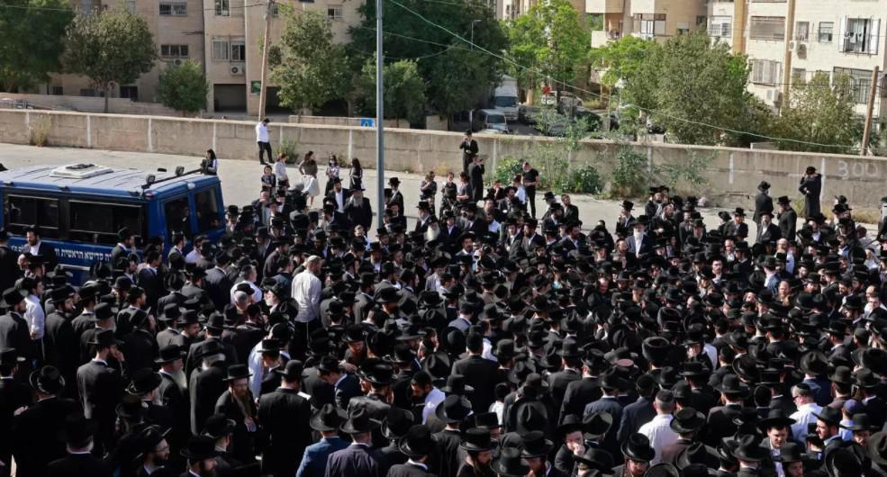 إسرائيل تشكل لجنة تحقيق في حادثة التدافع على جبل الجرمق