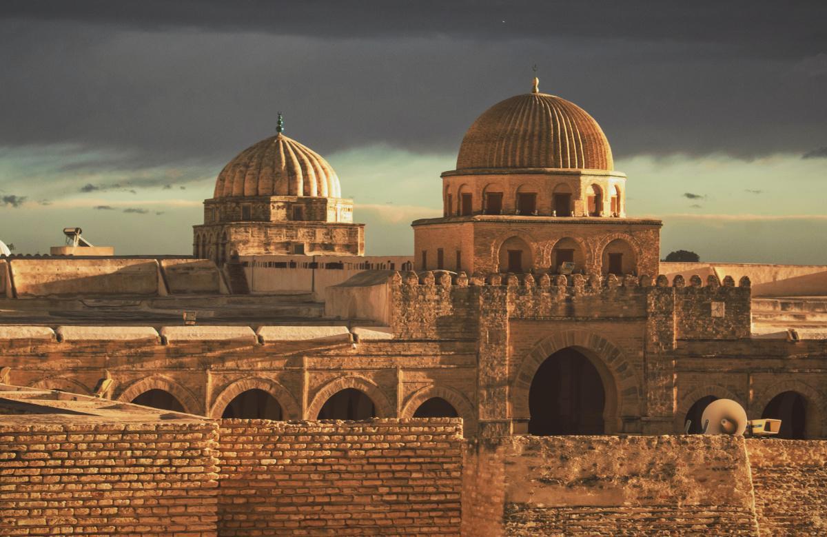 """صدور كتاب """" المديح النبوي في الغرب الإسلامي"""" للكاتب محمد الازهر باي"""