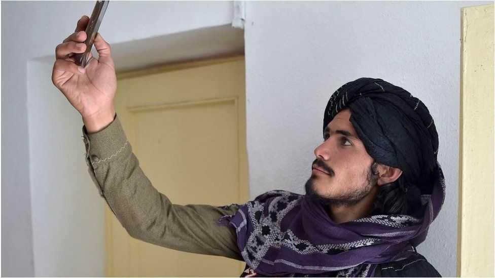 """طالبان 2.0 - """"أقوى وأكثر خطورة وأغنى من أي وقت مضى"""""""