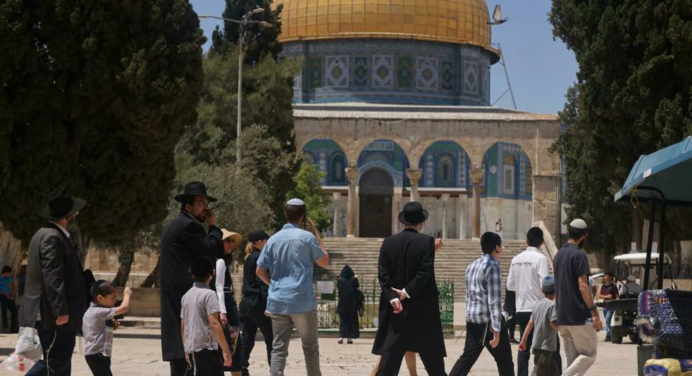 محكمة إسرائيلية تعيد العمل بقرار منع صلاة اليهود في باحة المسجد الأقصى
