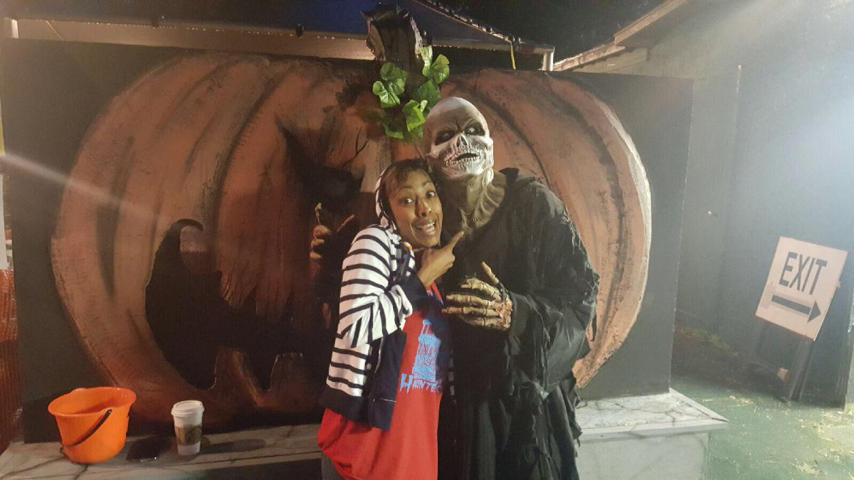 Kelli B and Death at Niles Haunted House