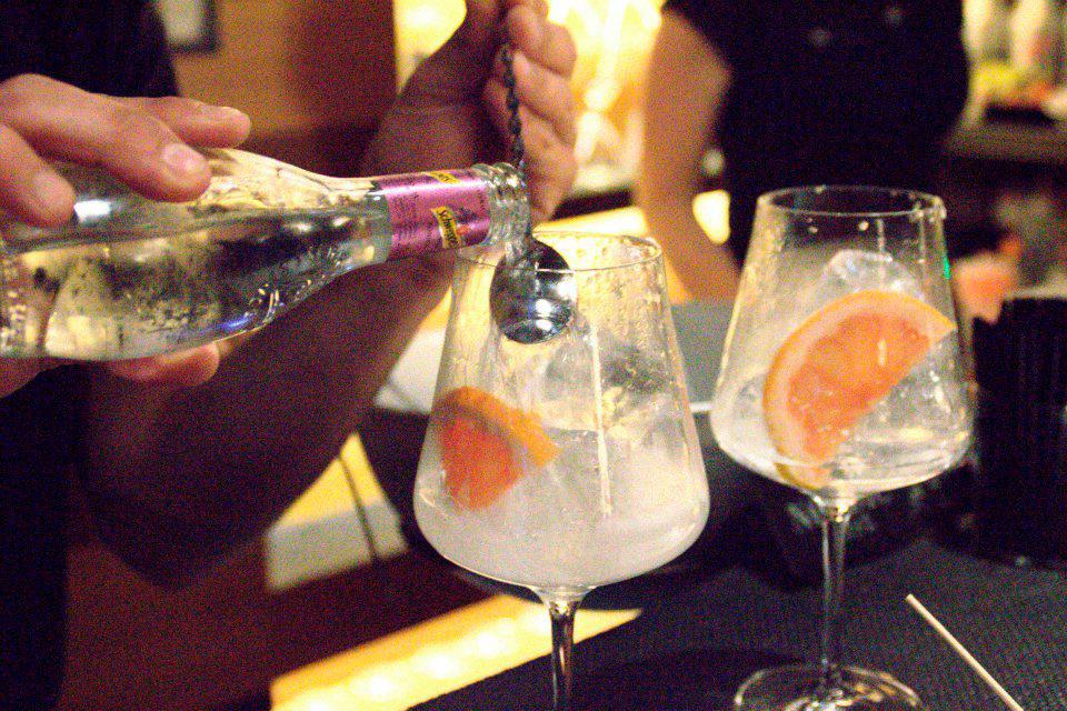 Vaova Gin Club